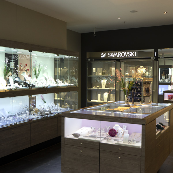 Shopping de Nivelles bijouterie Livis Laforge Interieur Bijoux